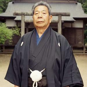 Tra i tanti meriti che bisogna attribuire al Maestro Saito, c'è quello di aver codificato, dopo aver avuto il permesso da Ueshiba, i movimenti ed il programma didattico di ken (spada) e jo (bastone), rinominando questi suoi metodi, aikiken e aikijo...