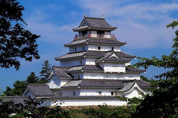 [Immagine: castello-aizuwakamatsu.jpg]