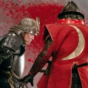 quest'opera di Akira Kurosawa, uscita nel 1985, nominata a quattro Oscar ma vincitrice solo per i costumi, assorbe molto dalle tragedie di Shakespeare (la trama è praticamente quasi uguale a quella del Re Lear