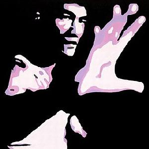 Bruce Lee scompare il 20 luglio 1973 lasciando il mondo attonito. Nessuno riesce ancora a spiegare le ragioni di quella drammatica morte. C'è chi sostiene che sia stato ucciso da maestri tradizionalisti, da sempre contrari alla diffusione del Kung-fu in Occidente