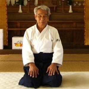 Ebbene, il pomeriggio di sabato ho potuto constatare di persona che l'Aikido che esprime Hirosawa Sensei è su un altro livello, su un livello prettamente spirituale. Quello che ho sentito io quando ho attaccato il Maestro è stato come un annullamento della mia volontà ad attaccare....