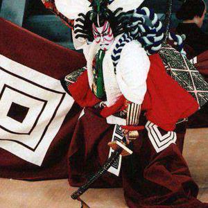 La maschera e il corpo – Milano. 'Associazione Asia-Teatro presenta un'introduzione alla grande tradizione teatrale giapponese, dalle origini nel mito e nel rito alla fioritura dei generi classici (noh, kabuki, bunraku) fino al teatro-danza moderno.