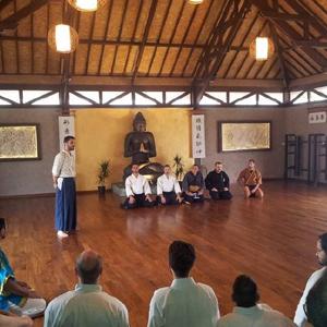 """Ottobre 2014 - Napoli - II Stage di Kendo, Ninjutsu e KenjutsuStage multidisciplinare di Kendo, Ninjutsu e Kenjutsu, presso il tempio del Budo """"Vihara - GYM & SPA"""" a 15 min da Napoli centro."""